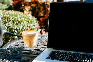 coffee and computer outside_flikr_Jared Scheel