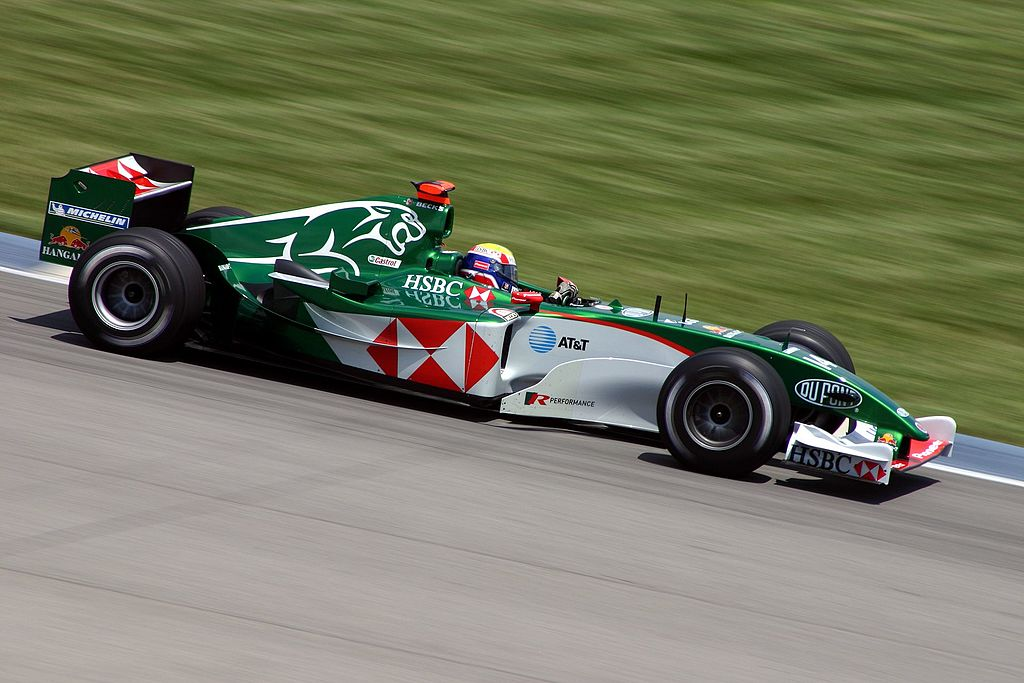 Formula 1 racecar_Webber_usgp_2004_attirubtion