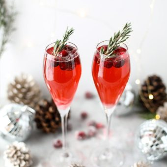 christmas-morning-mimosas-I-howsweeteats.com-2