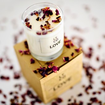 LT Candles – Laura Thomas Co© Helen Pugh PhotographyTel: 07837533051