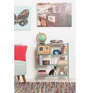 Lorsque je vais sur des sites comme celui-ci où l'on regarde le meublier, j'imagine toujours mon avenir, comment je pourrais meubler mon petit appartement... -Cette petite étagère coûte 105€
