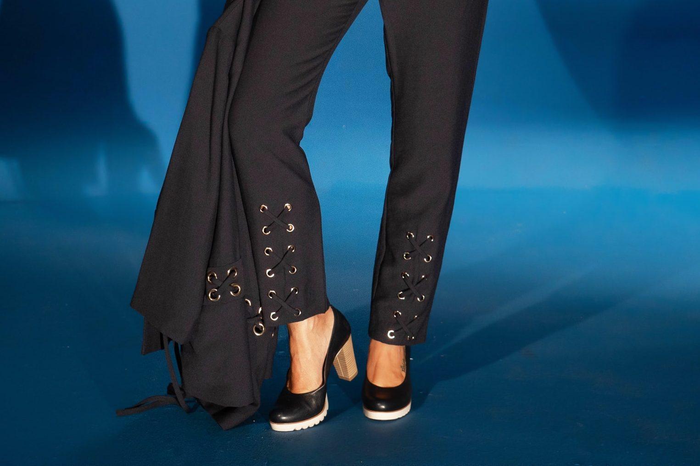 Apuesta por los zapatos clásicos mujer | Laura Azaña