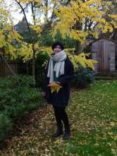 laura_bluebell_autumn_garden