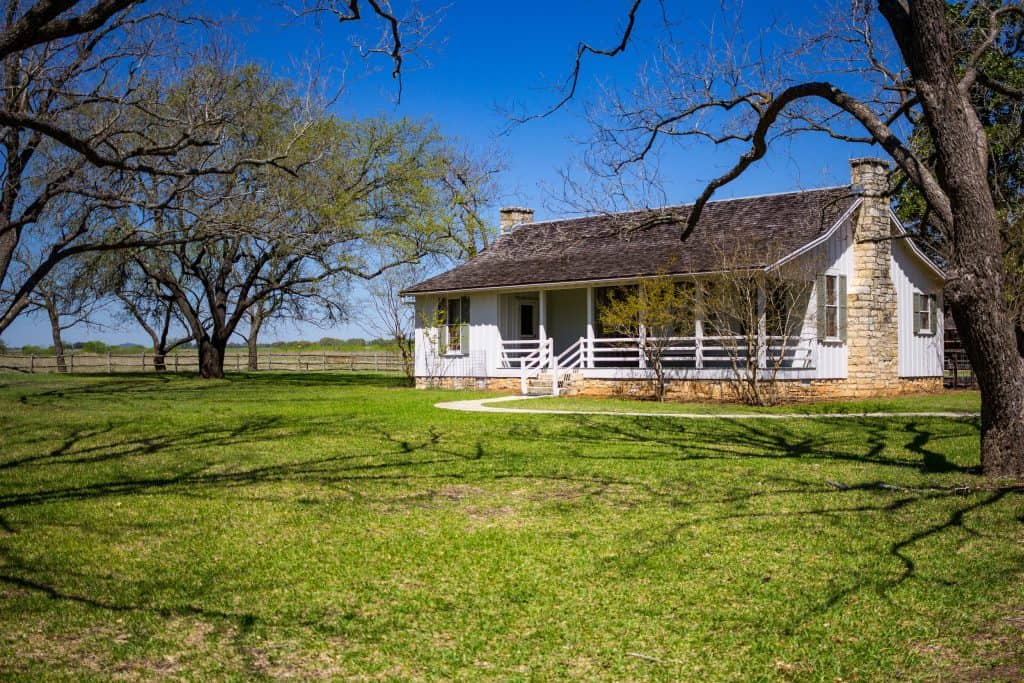 LBJ's Reconstructed Birthplace Home - www.lauraenroute.com