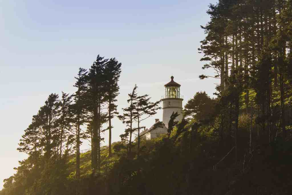 Heceta Head Lighthouse, Oregon Coast Road Trip, www.lauraenroute.com