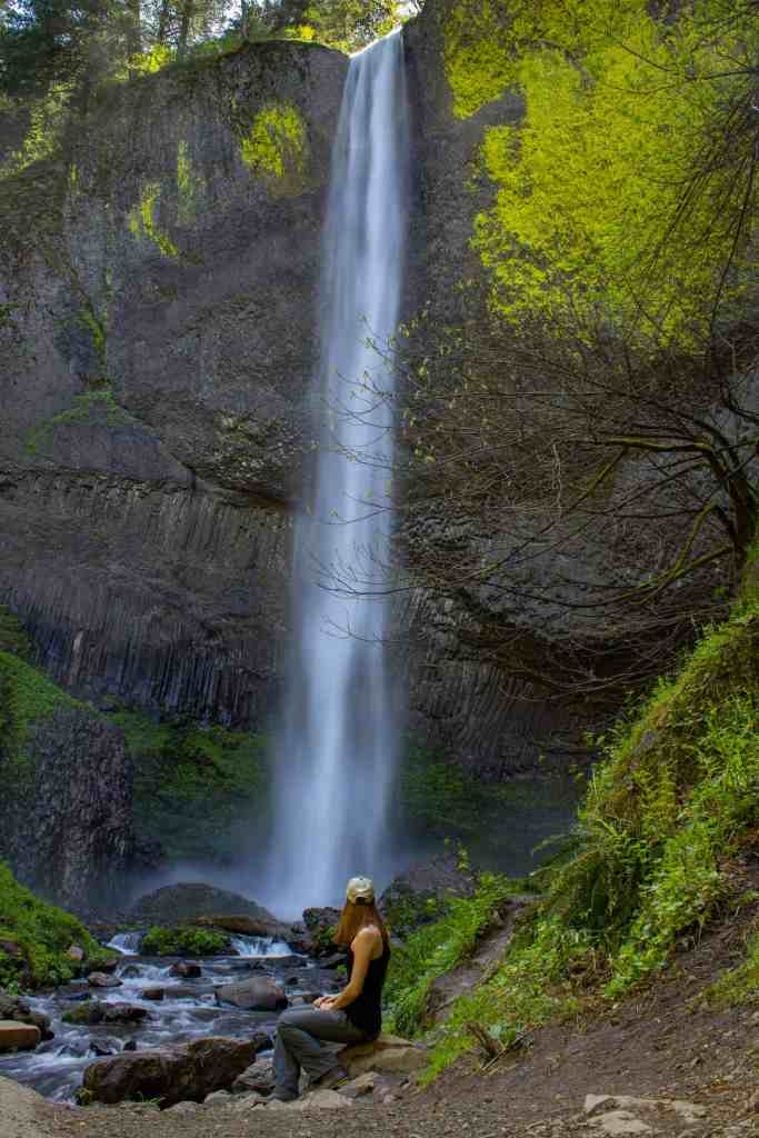 Lower Latourell Falls - Discover the Columbia River Gorge - www.lauraenroute.com