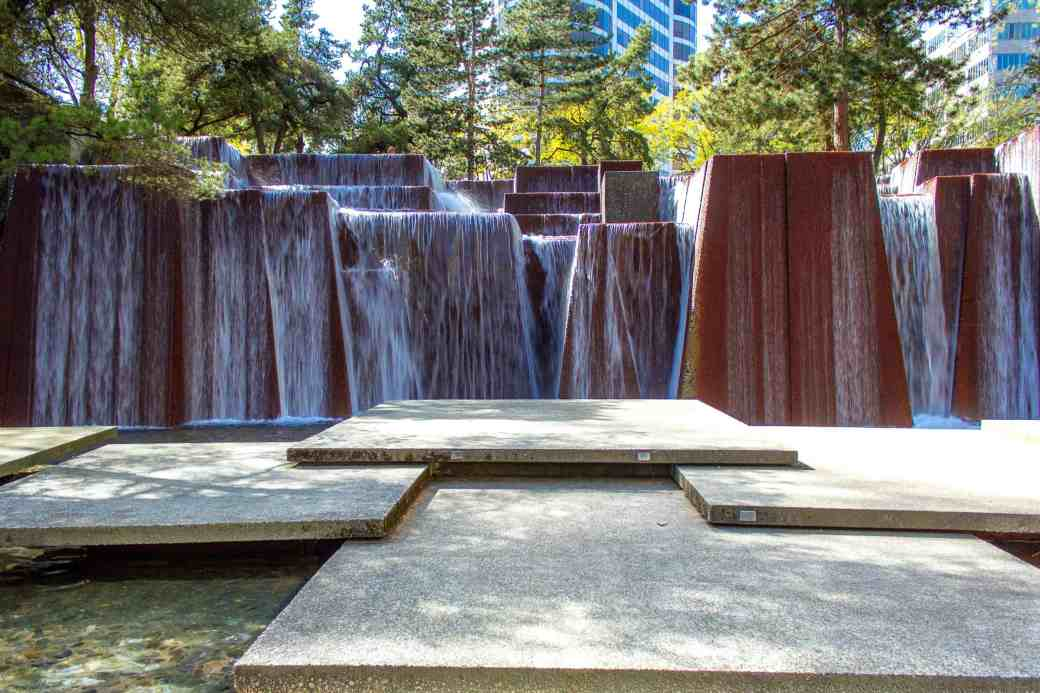 Keller Fountain Park -How to Spend a Long Weekend in Portland, OR - www.lauraenroute.com