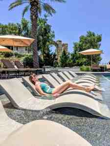 How to Spend a Daycation at a Luxury Resort - http://lauraenroute.com/