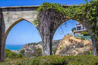 Dana Point Arches -Day Trip from San Diego - www.lauraenroute.com