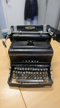 own typewriter image 3