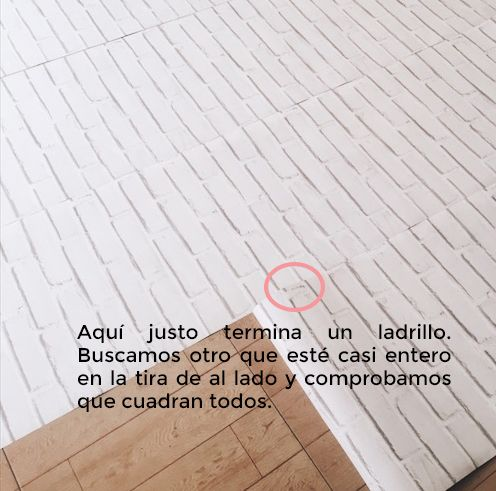 colocar papel pintado efecto ladrillo