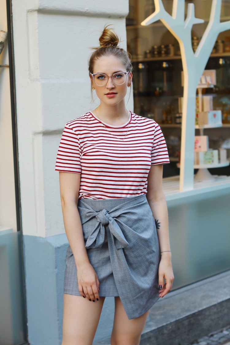 lauraherz-fashionblogger-eyesandmore-glasses-munich