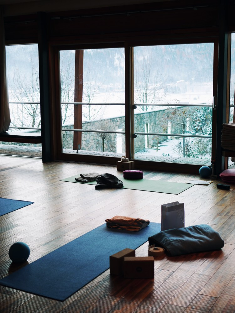 Yoga Retreat am Morgen