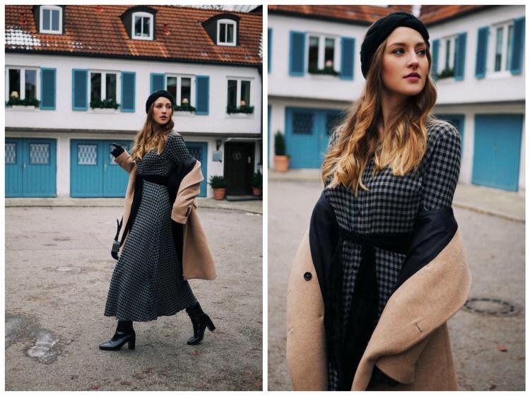 Kariertes Maxi-Kleid mit Camel Coat und Stirnband