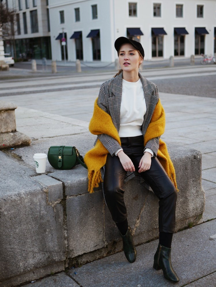 Glencheck Mantel, Cropped Pullover, Cap and Leather Bootee