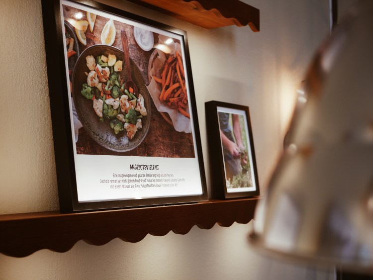B.GOOD Restaurant-Review