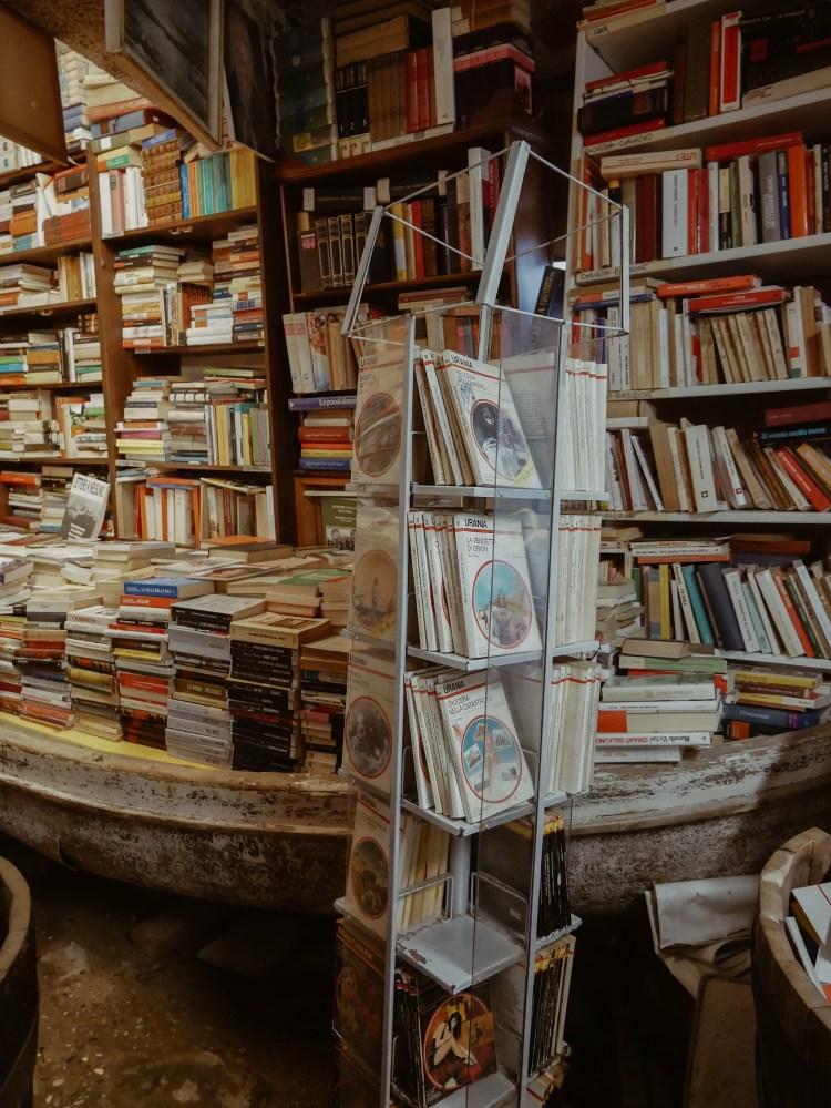 Libreria Acqua Alto Venedig
