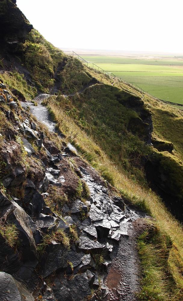 Skógafoss: ein Weg neben dem Weg