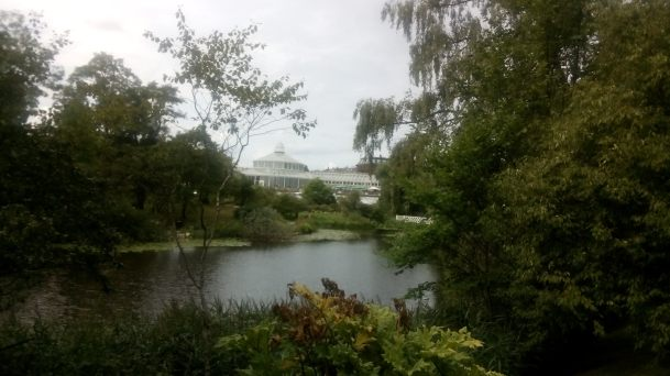Botanischer Garten mit Palmenhaus