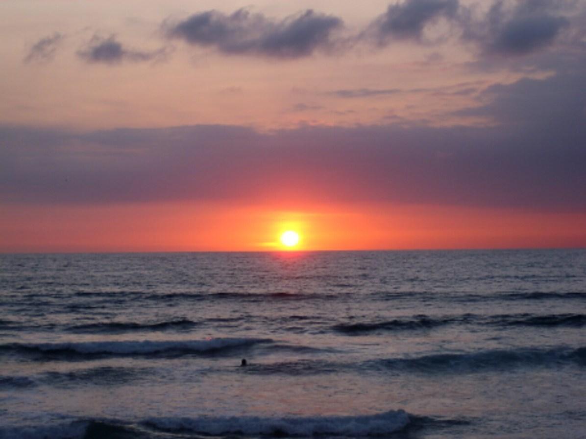 Bekannt ist Montañita auch für seine Sonnenuntergänge. Verständlich.