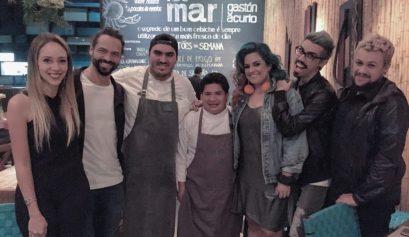 Laura Kassab e Daniel Satti e chef Anthony Vasquez e chef Juan Lopez e Maira Medeiros e Diva Depressão