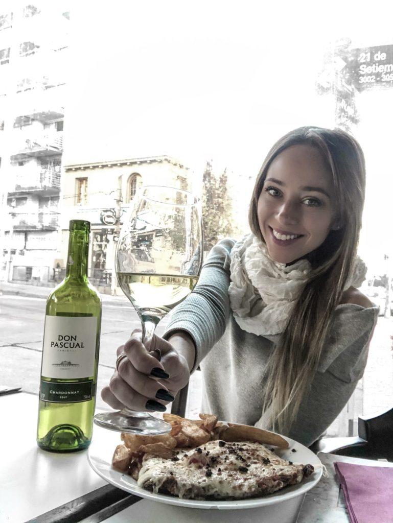 roteiro da Laura Kassab no Uruguai no restaurante La Vanguardia