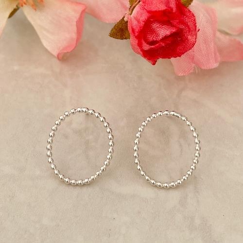Small silver oval stud earrings