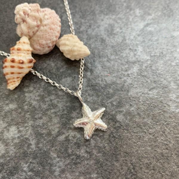 Starfish summer charm necklace