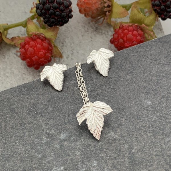 Silver leaf and pendant set