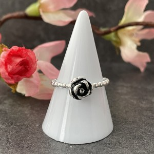 Silver rose flower ring