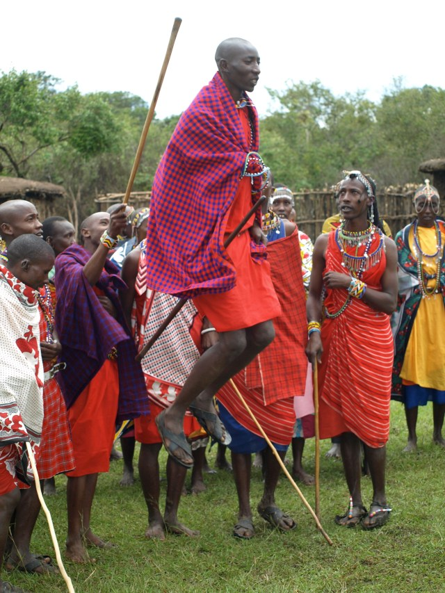 The Brave Masai Warriors, showing us their jumps