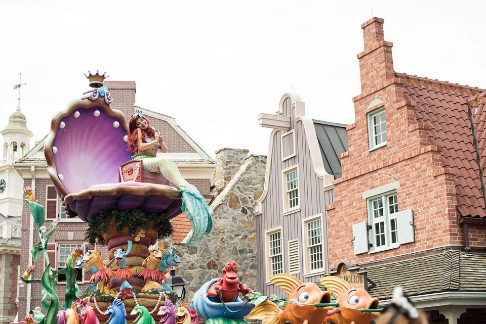 disney, train station, world, magic kingdom, main street, mickey, travel, laura matthews, little mermaid, ariel