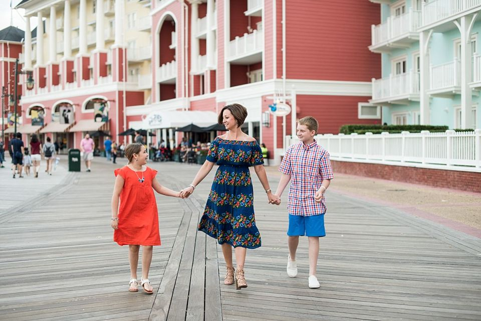 boardwalk, disney, orlando, florida, family, laura matthews, family, photographer, photography, waterfront, old navy