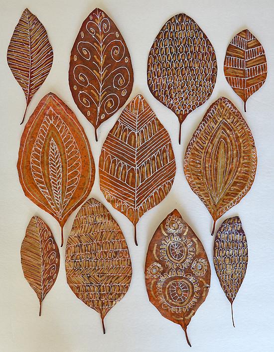 8diy fall leaf doodle