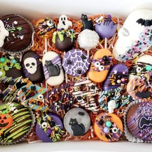 Halloween gift box with Skull