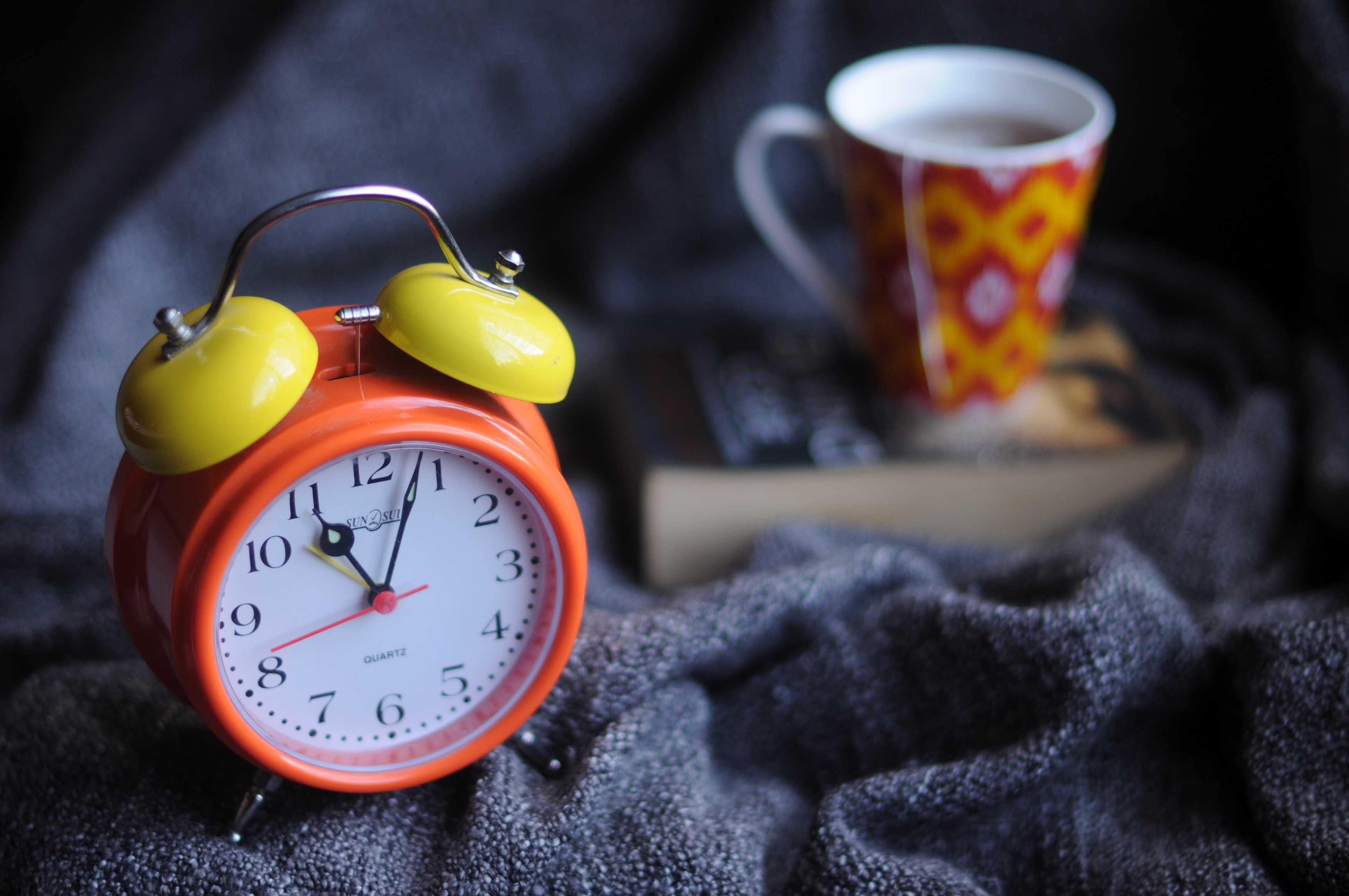 Set an alarm to limit your time for distractions so that you don't get distracted.