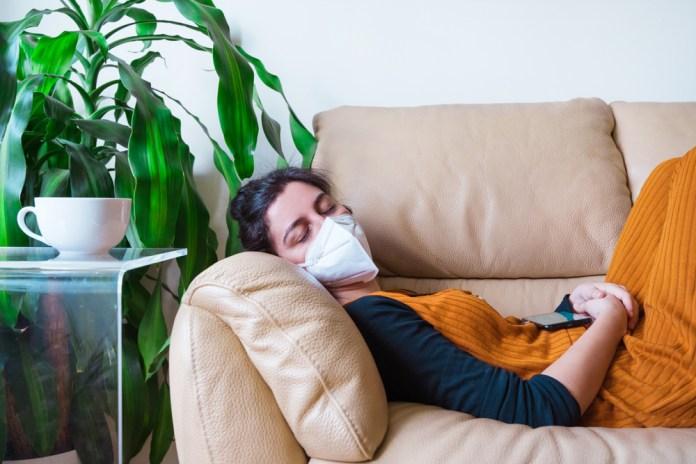 Dormir bien, herramienta indispensable para disminuir la fatiga y síndrome  de fatiga crónica en supervivientes a la infección por COVID-19 – Sala de  Prensa UVM