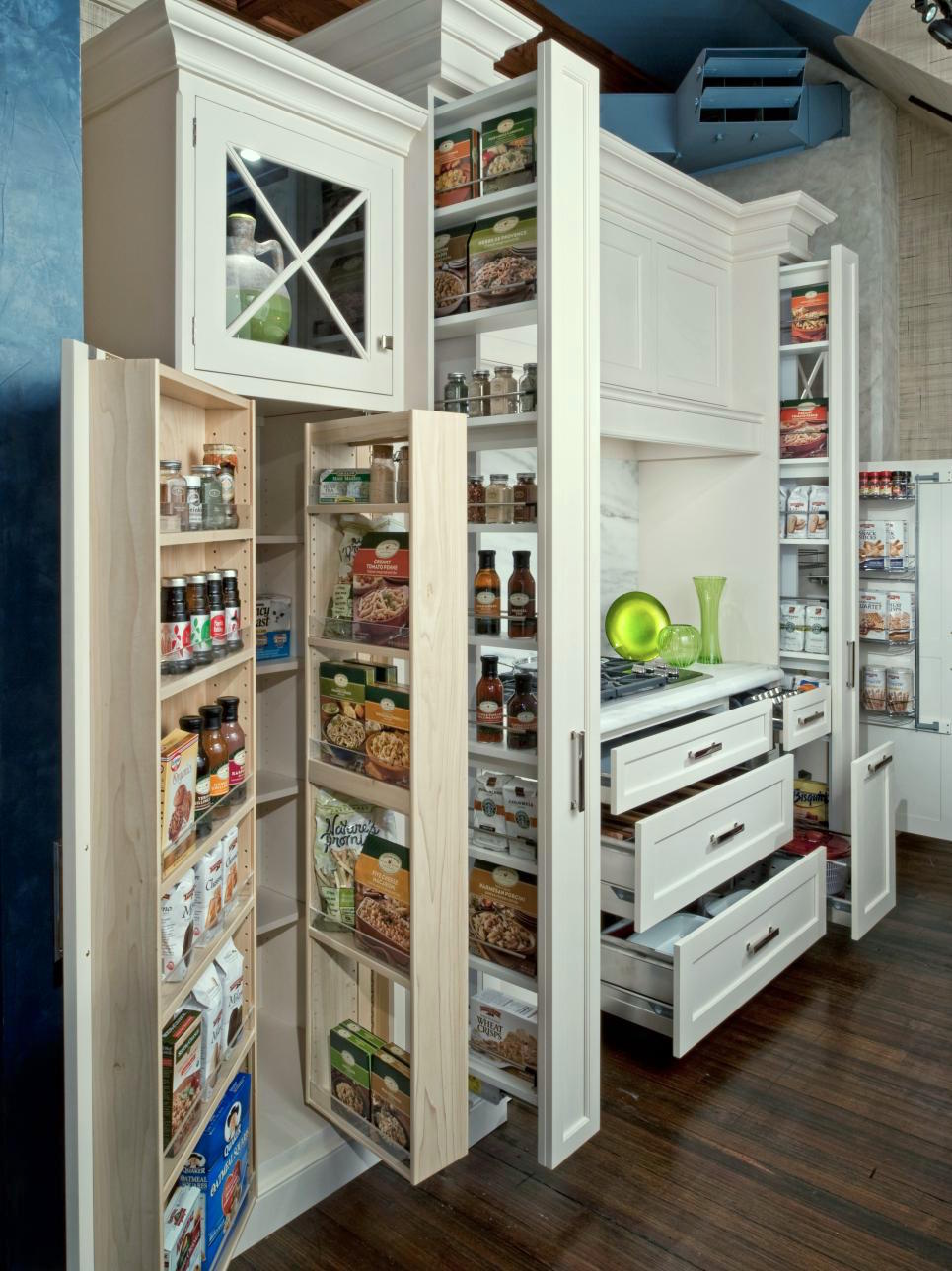 stephen-rossi-photo-Kitchen-Pantry-Cabinets_s3x4.jpg.rend.hgtvcom.966.1288