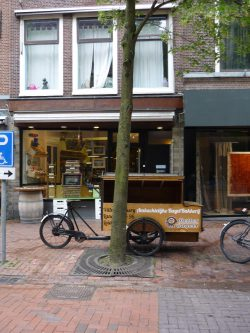 bakery in Leiden with delivery bicycle parked in front