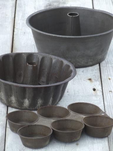 Antique Baking Tins Primitive Old Tinned Steel Cake Molds