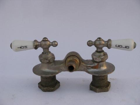 antique claw foot bath tub vintage faucet w/porcelain teardrop taps