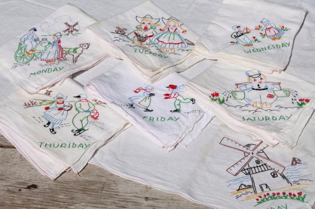 Vintage Days Of The Week Cotton Floursack Kitchen Towels W