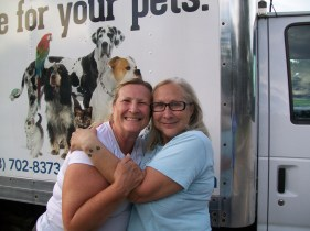 I10, Mississippi: running into dear animal rescue friends, out of the blue; August 2016