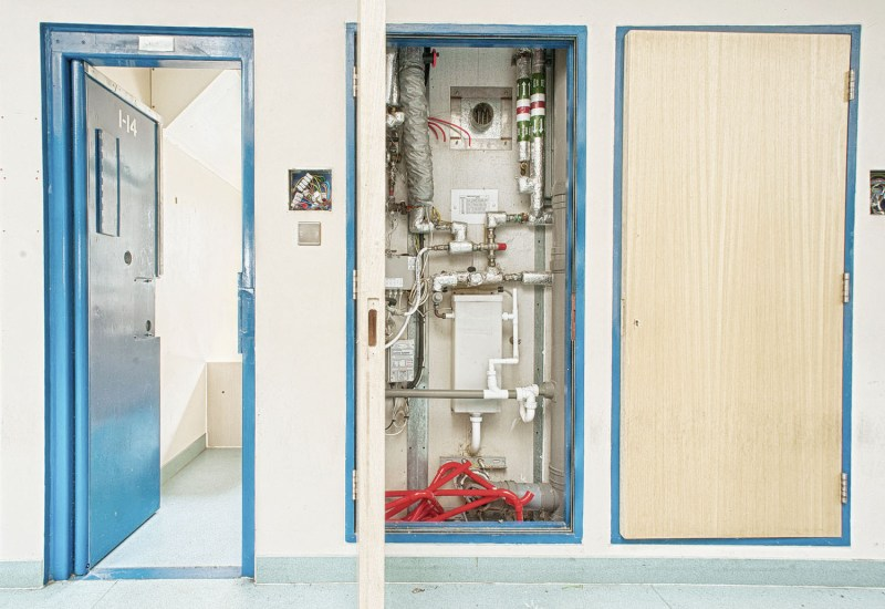 Plumbing in a prison