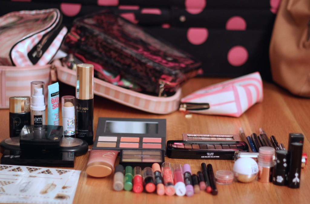 DIVA DOES… How to pick which makeup to bring on vacation
