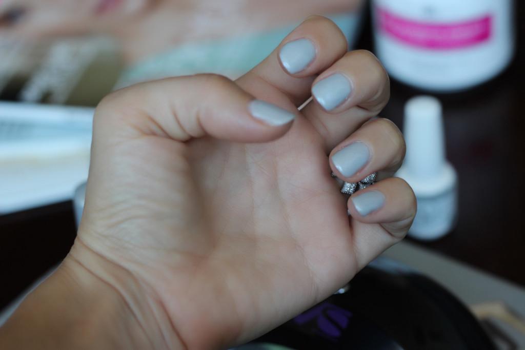 divalicious-gelish-diy-gel-manicure-8