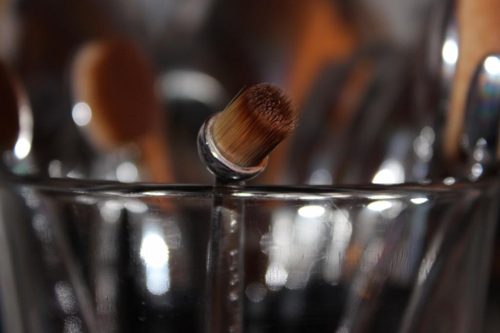 divalicious-artis-brush-review-3