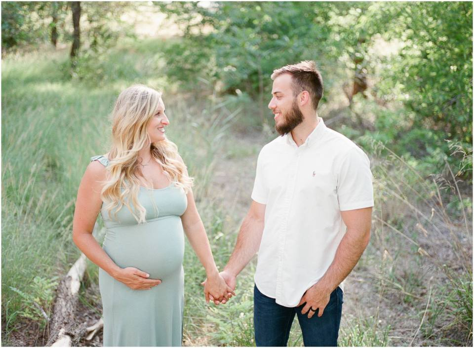 Maternity Session, Oklahoma Film Photographer, Foss Lake