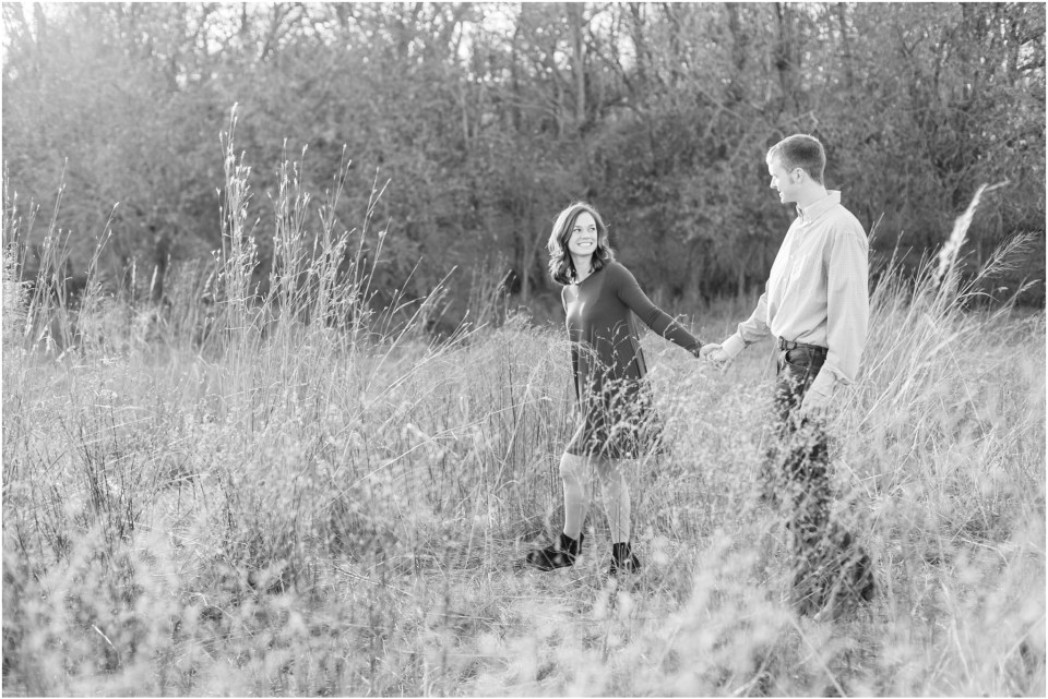 lauren_jones_photography_kansas_city_wedding_photographer_country_engagement_0037