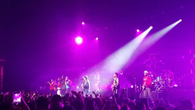 Bruno Mars Hooligans